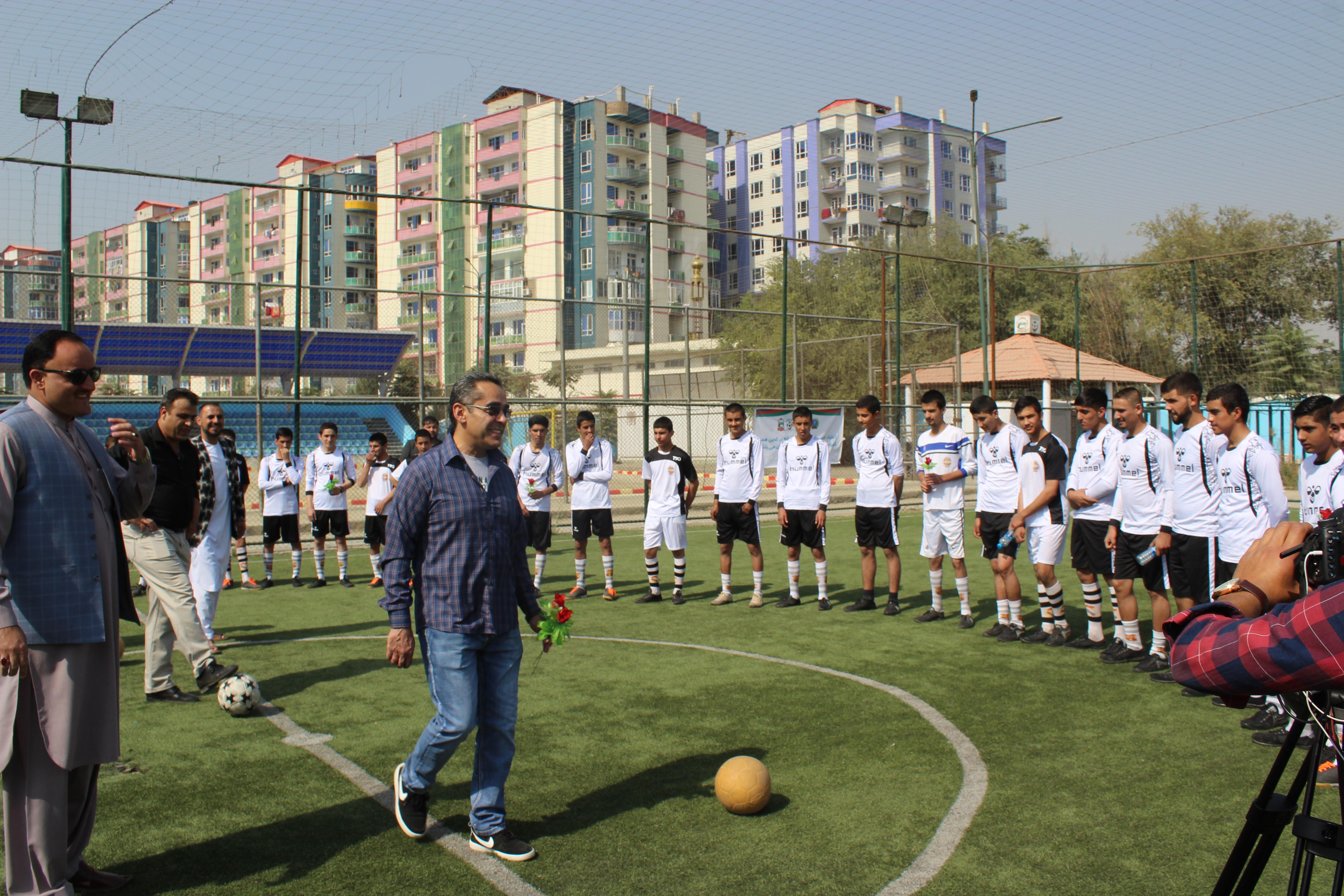 تدویر برنامه ورزشی برای نوجوانان صحت یاب شده با همکاری و حمایت لیگ برتر و موبی گروپ